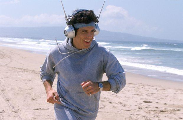 pic-of-the-day-working-out-with-headphones-L-4hLfpN